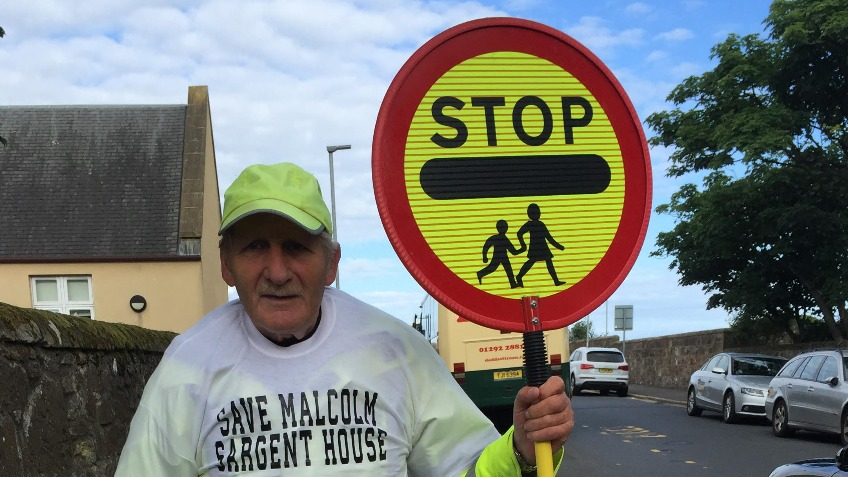 Help Welly's Lollipop Man, Alex in his Retirement