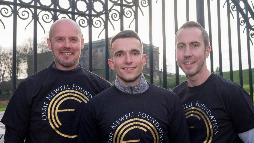 Local Postmen run from Edinburgh to Nottingham