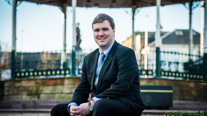 Elect Tom Arthur SNP for Renfrewshire South