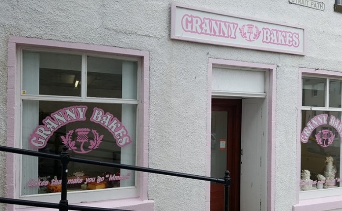 Granny bakes needs to expand  ! image
