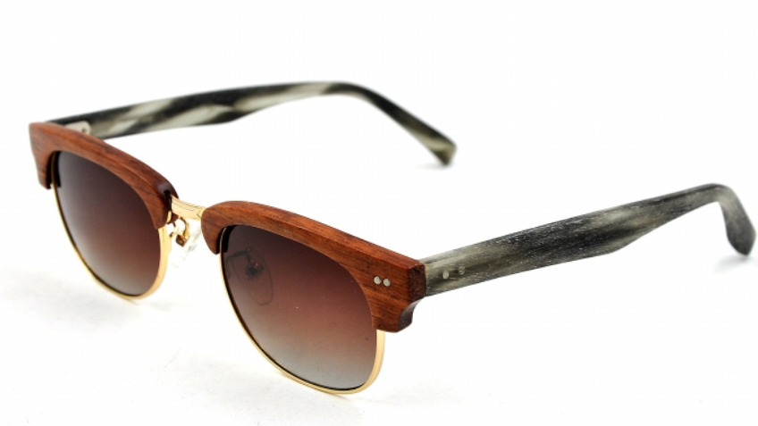 Charitable Eyewear made of  100 % recycled Wood