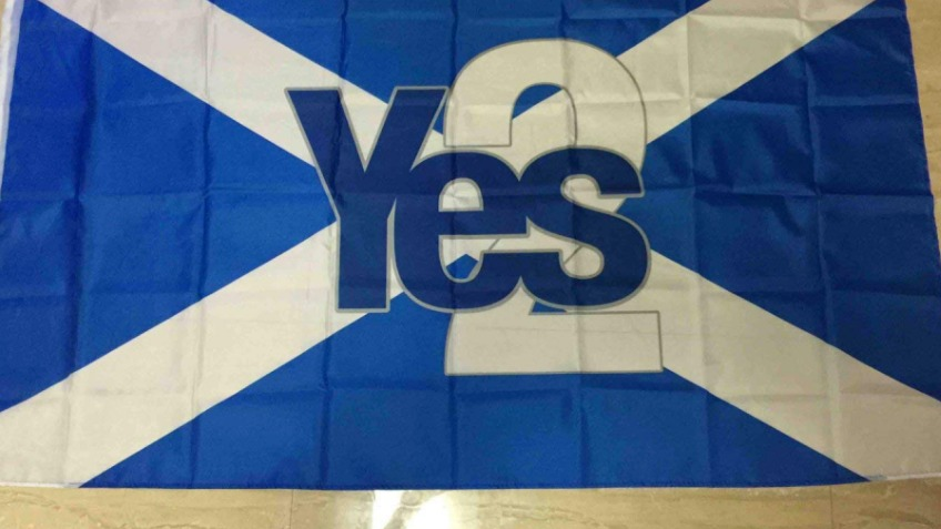 10,000 Flags for Yes2