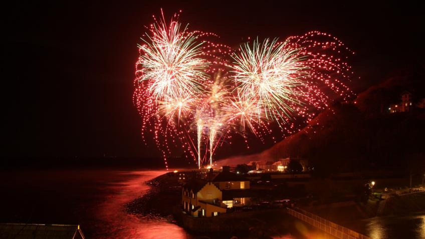 Lynmouth Beachside Bonfire Bonanza 2018