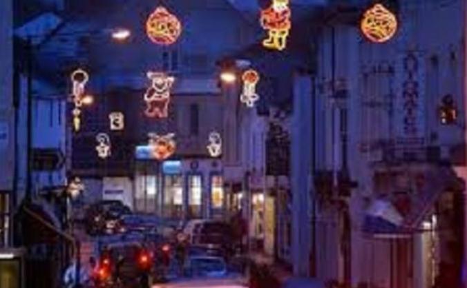 Winner street, paignton christmas lights fund image