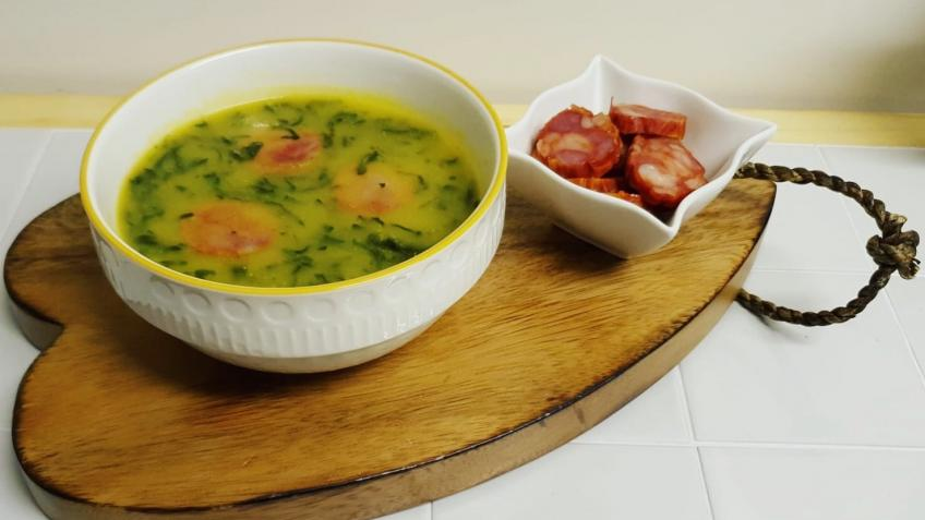 D'AVÓ Kitchen soups and dishes prepared everyday