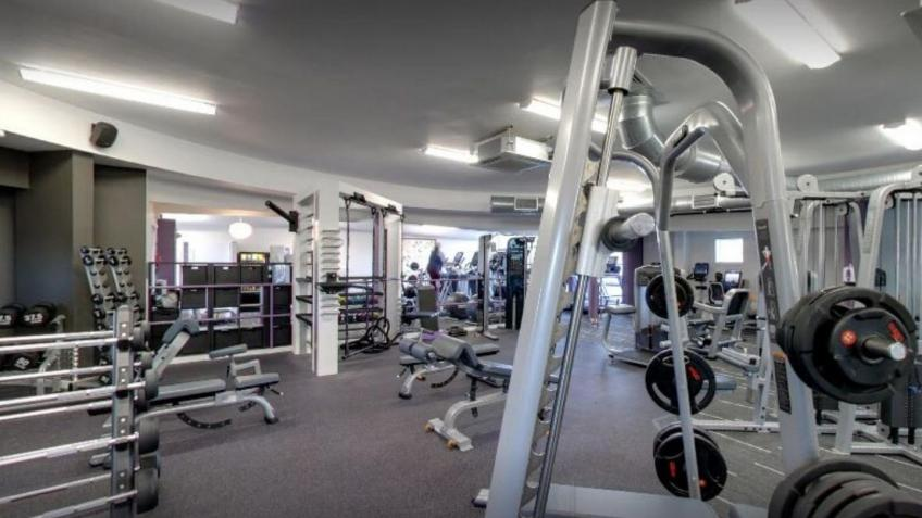 Help Anytime Fitness Bathgate, so we can help you
