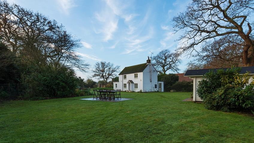 Escape to your own New Forest dream cottage
