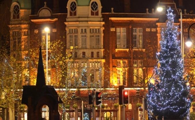 Fund wansteads christmas tree image